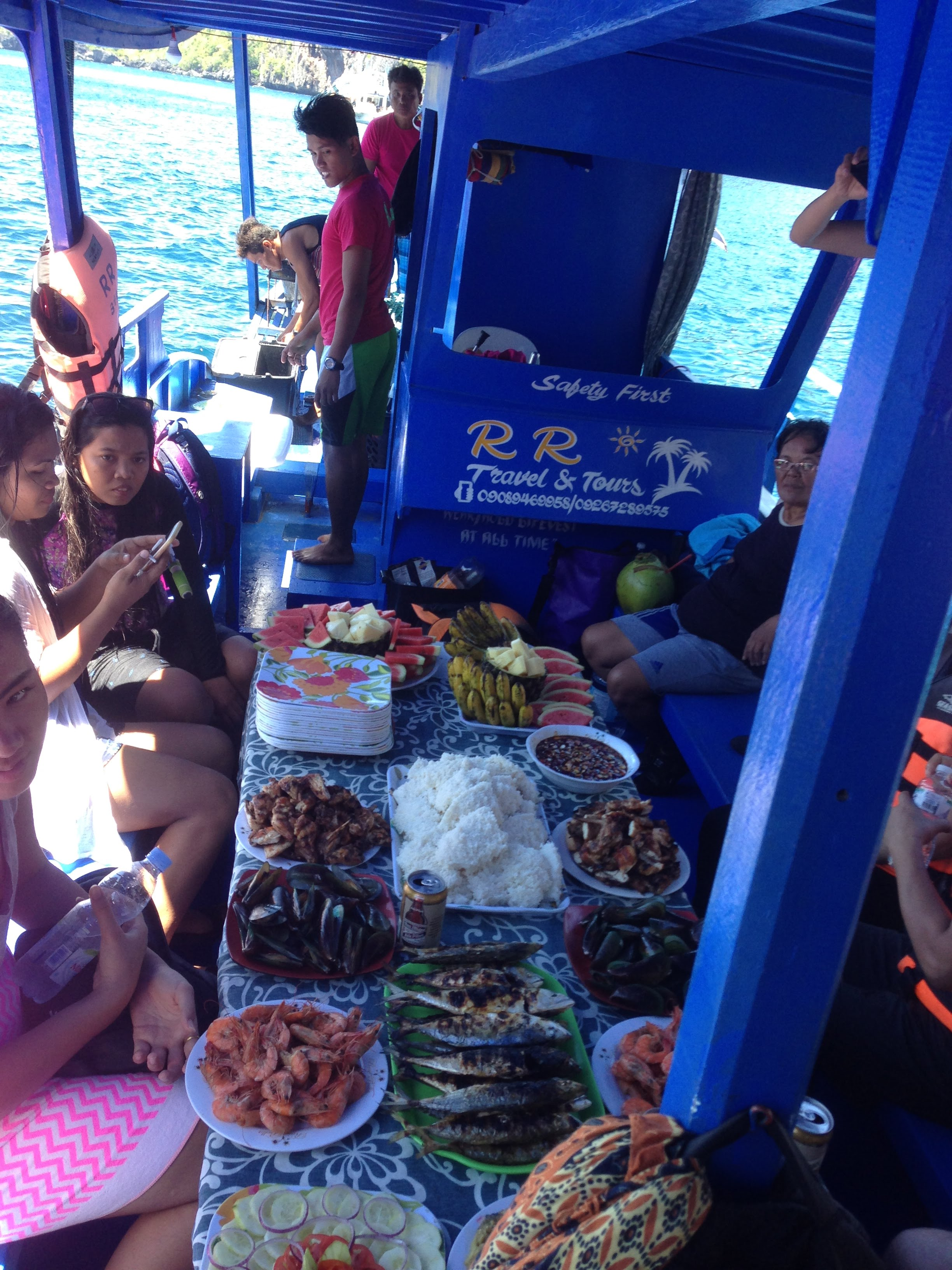 El Nido Philippines boat tour food BBQ