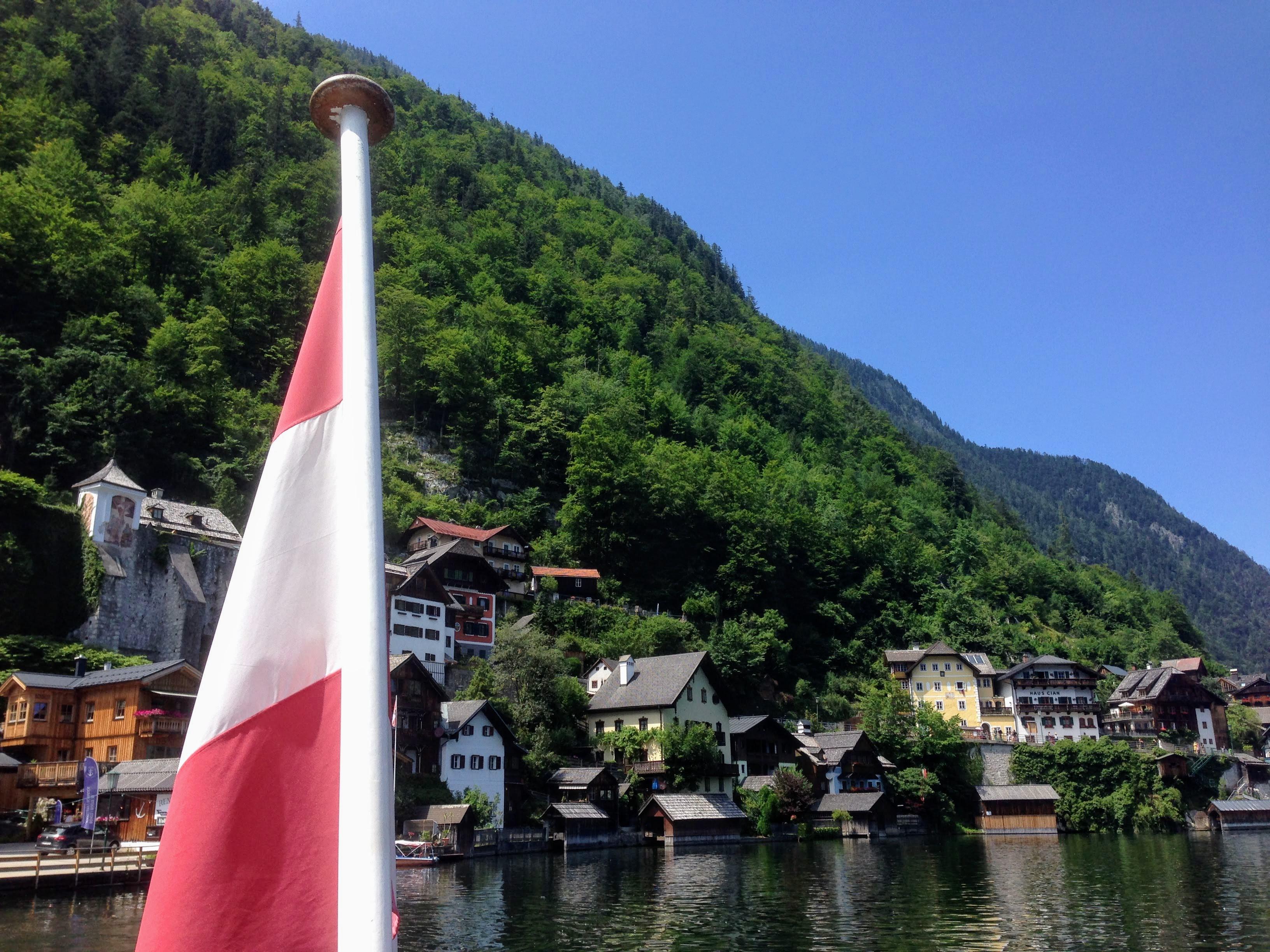 Hallstatt Austria austrian flag