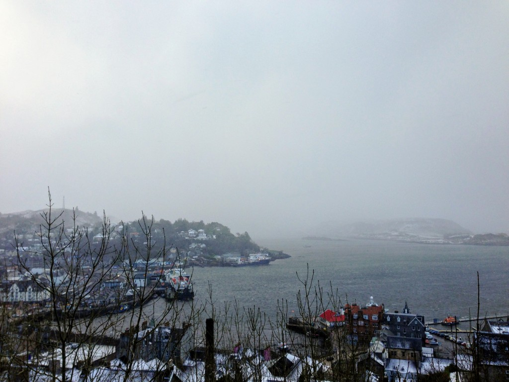 Oban Scotland viewpoint winter harbour