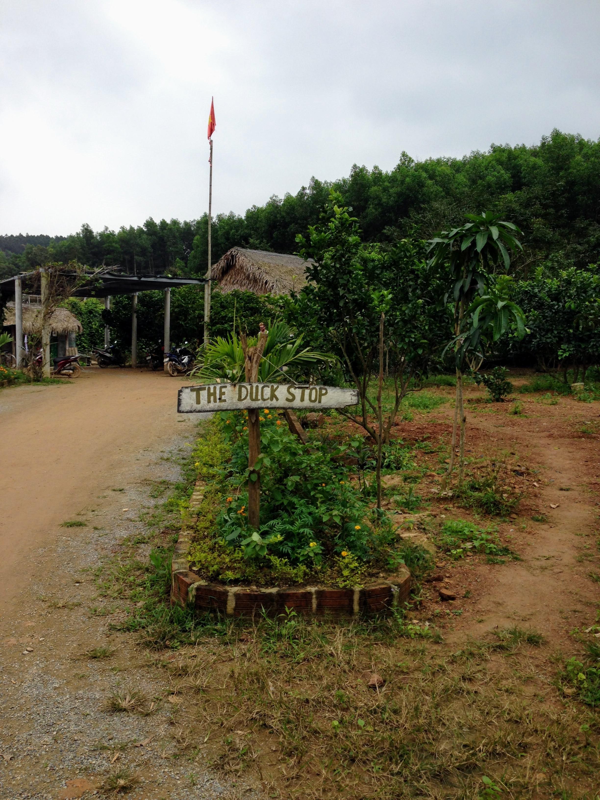 Duck Stop Vietnam Phong Na