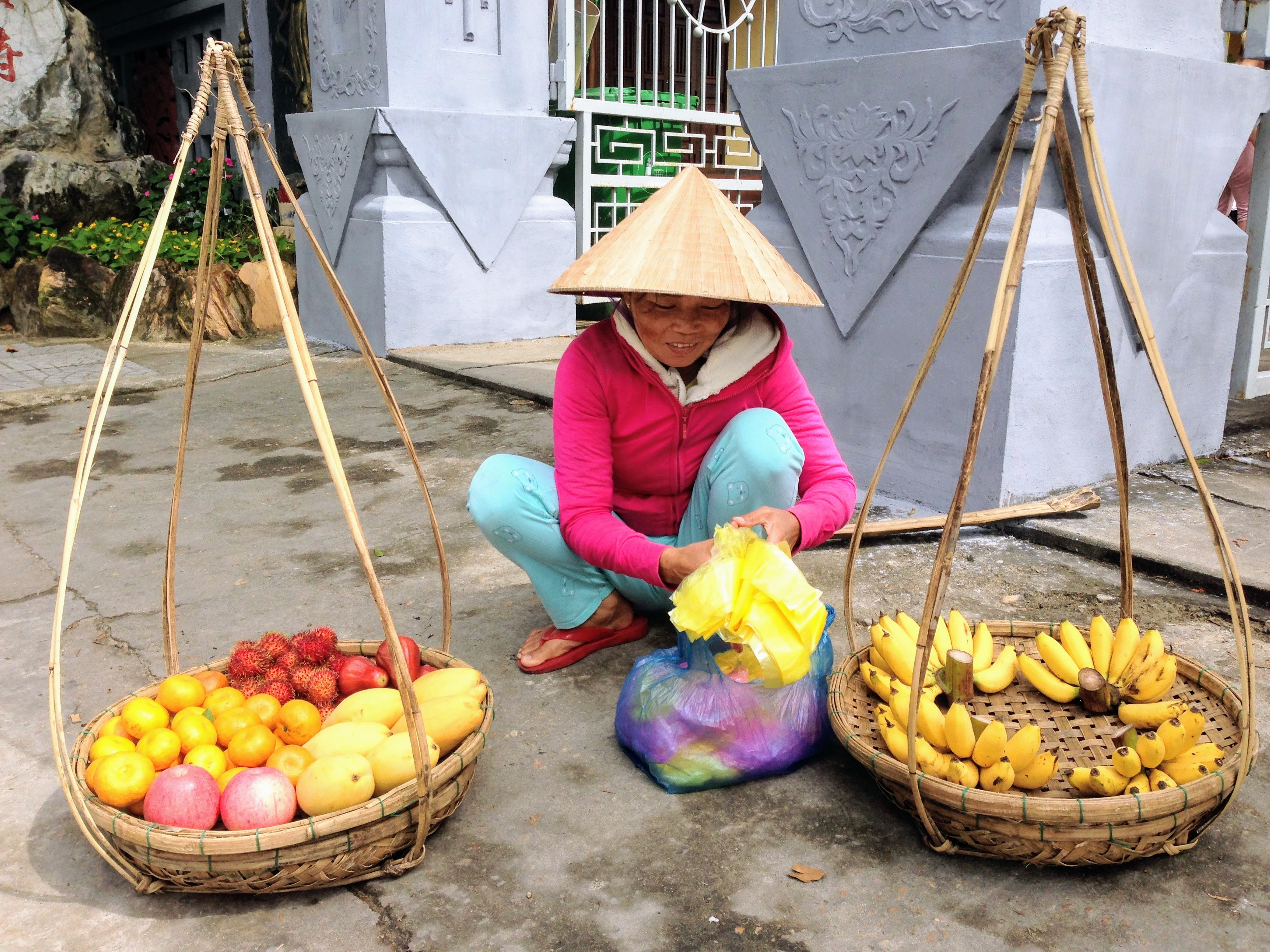 Fruit Vietnam Street Food Vendor Baskets Hoi An