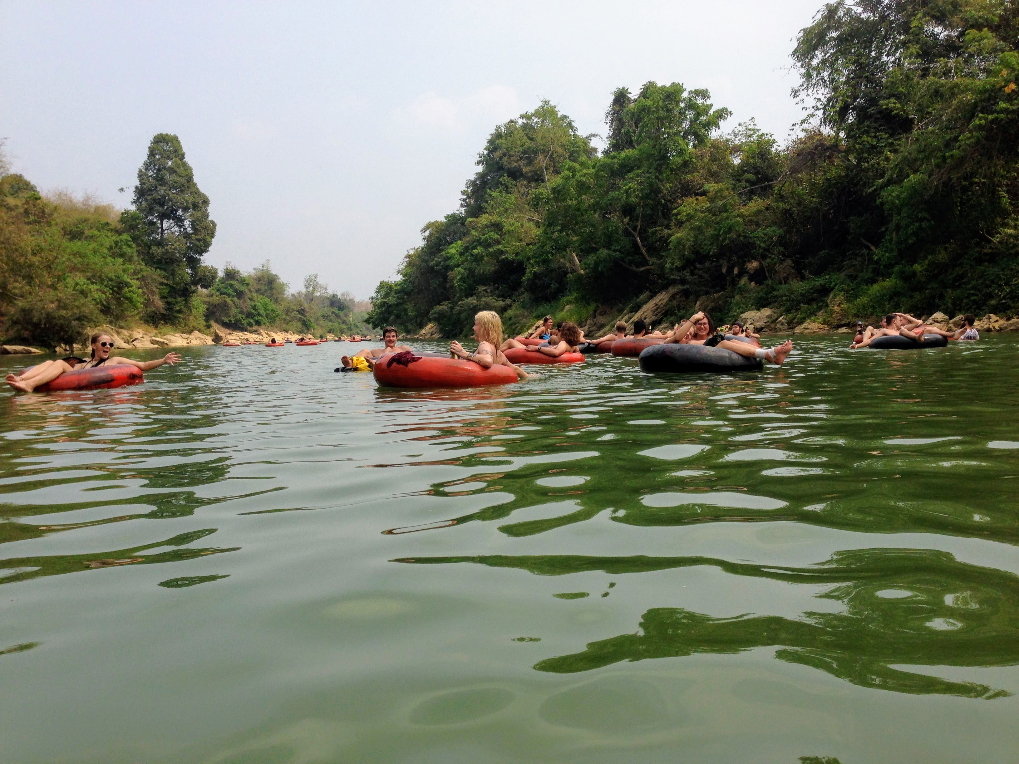 Vang Vieng Laos tubing party