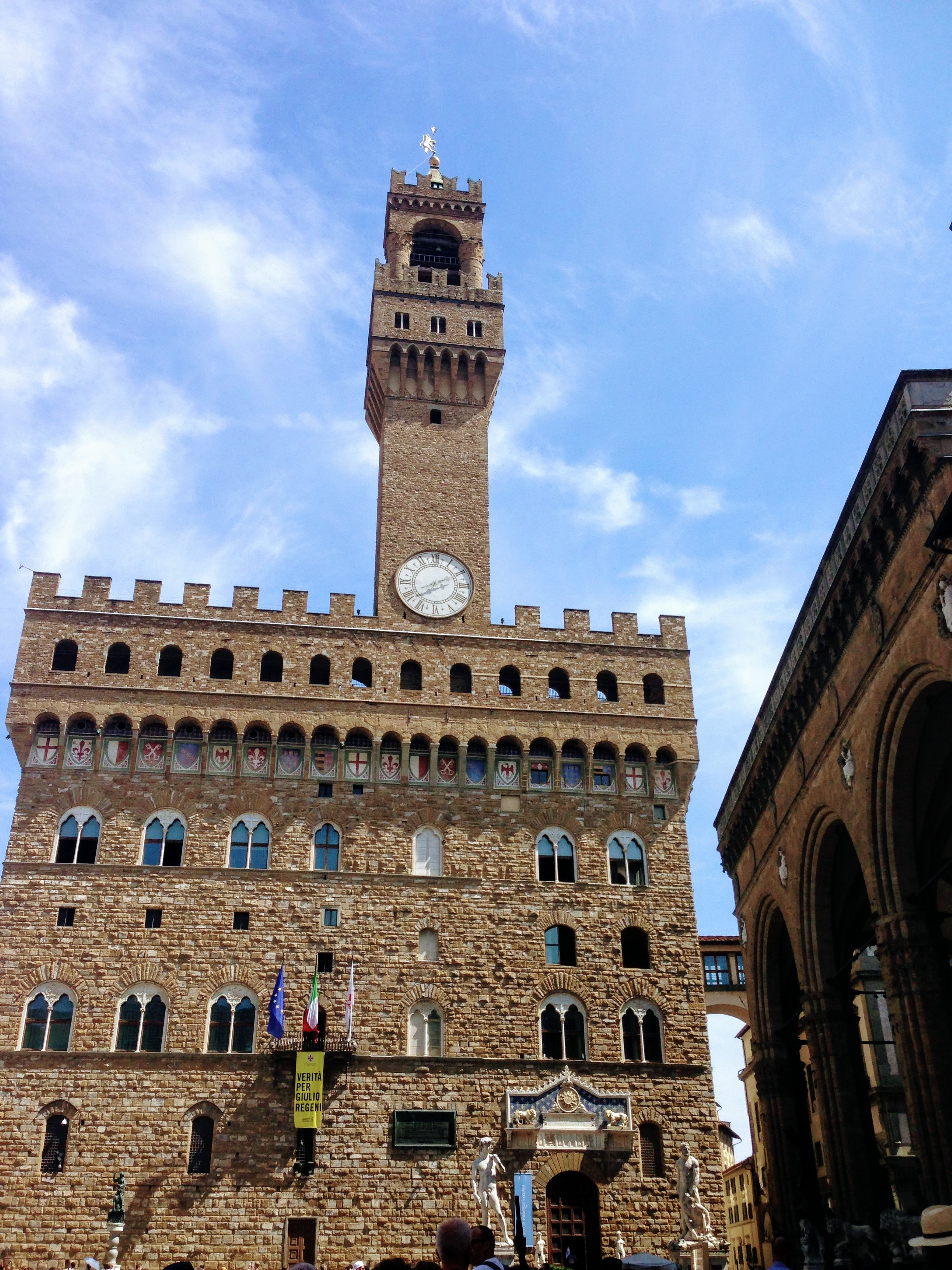Pallazzo Vecchio Florence Italy city hall piazza signoria palace art city guide travel guide Medici