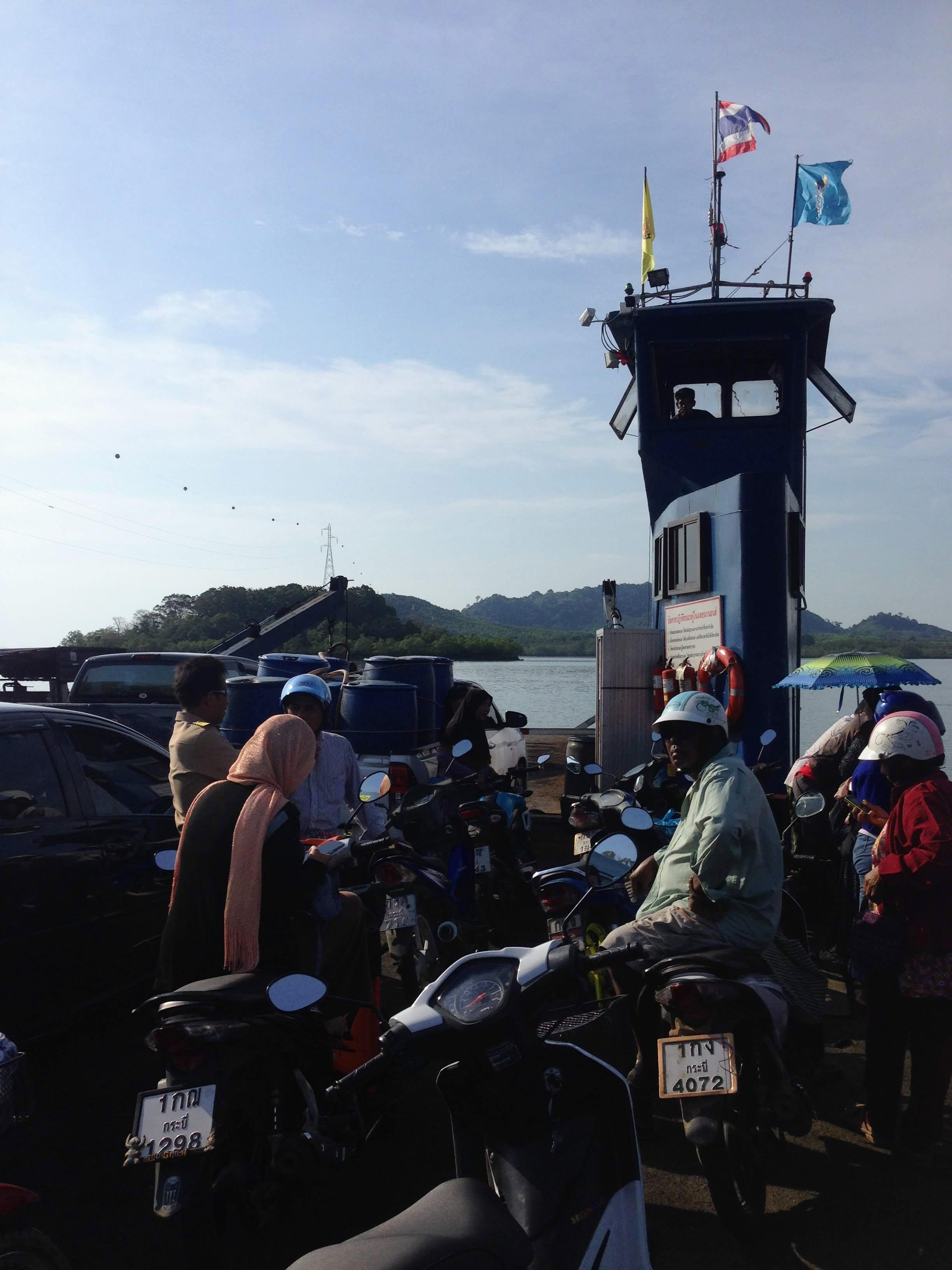 ferry koh lanta hua hin pier locals