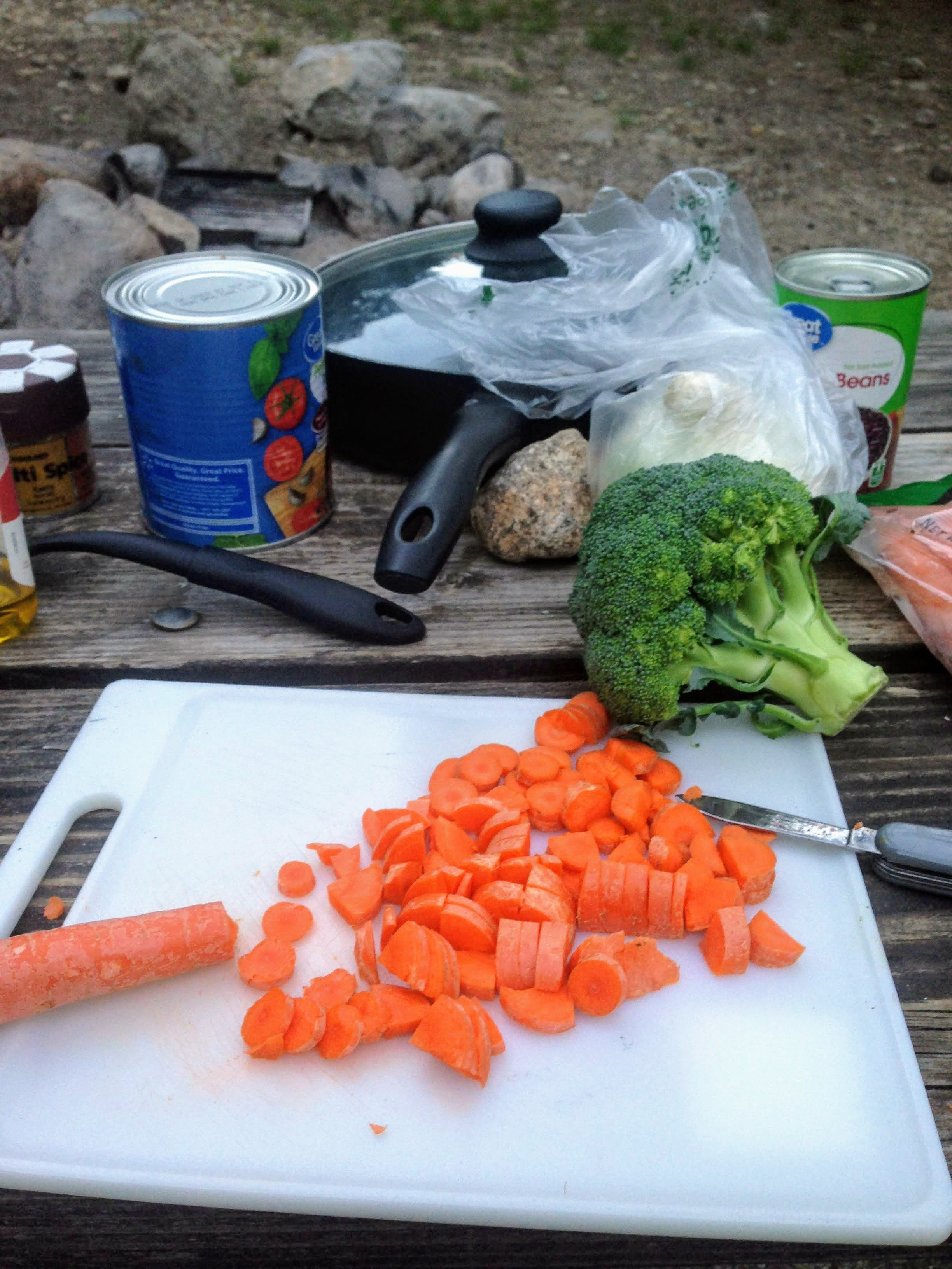 travel cooking camping hostel meal budget travel
