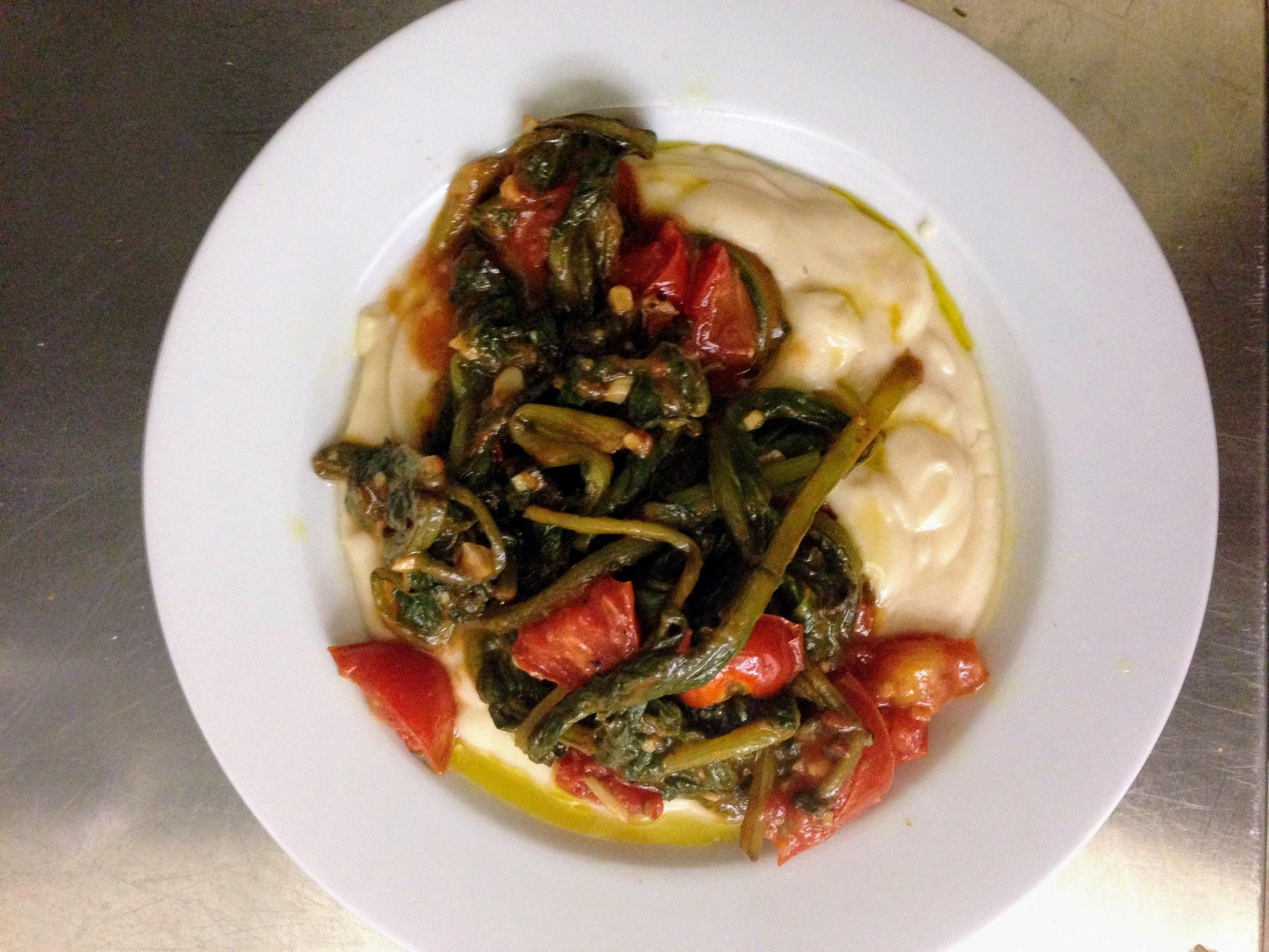 Puglia Bari Italy food tips travel tips travel blog things to eat traditional Italian dishes food crema di fagioli