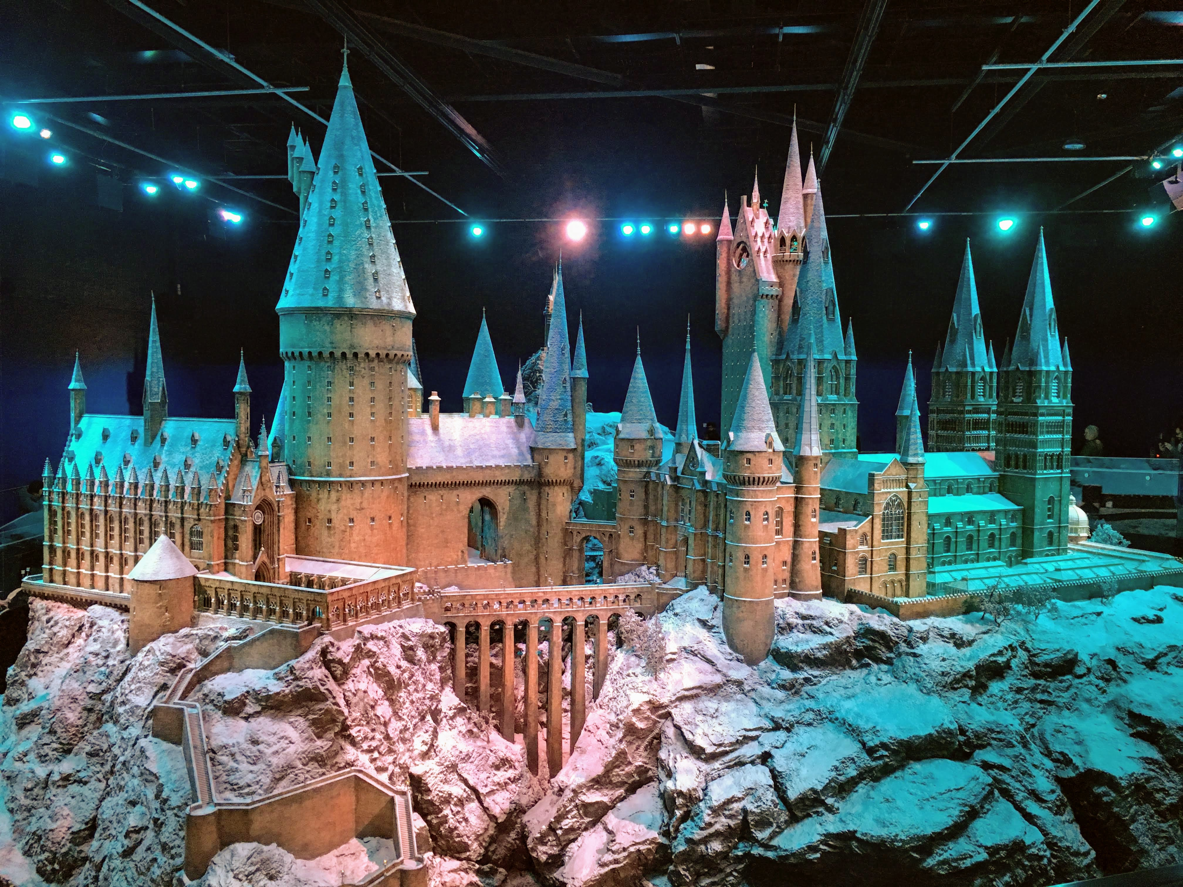 Hogwarts model Harry Potter Studios tour London warner bros