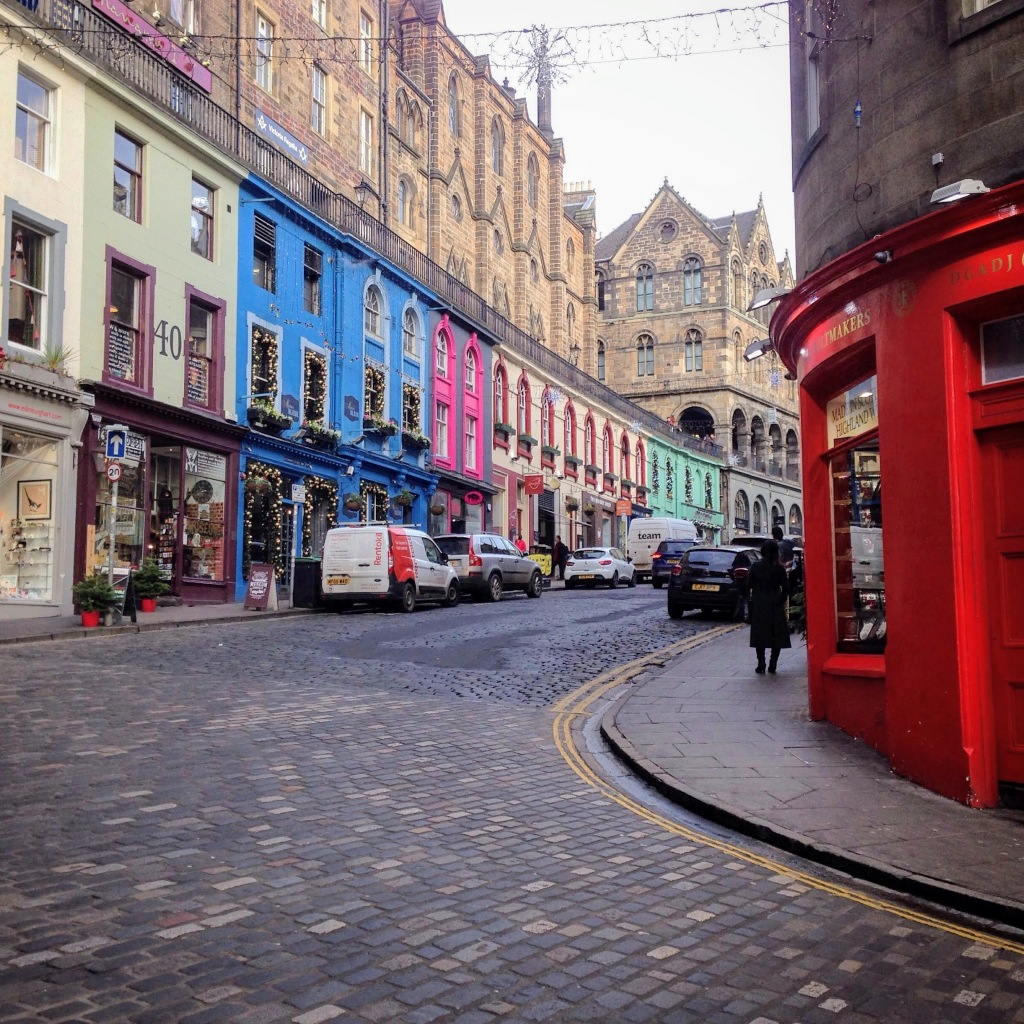 Edinburgh Scotland UK travel guide
