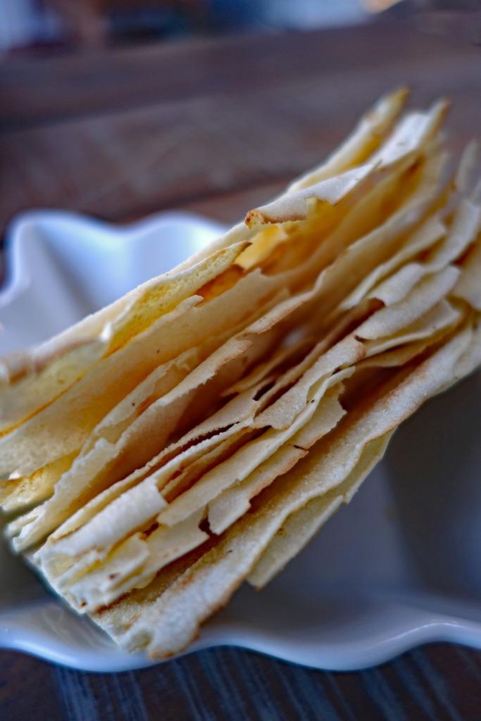 pane carasau flatbread sardinia food italy cuisine