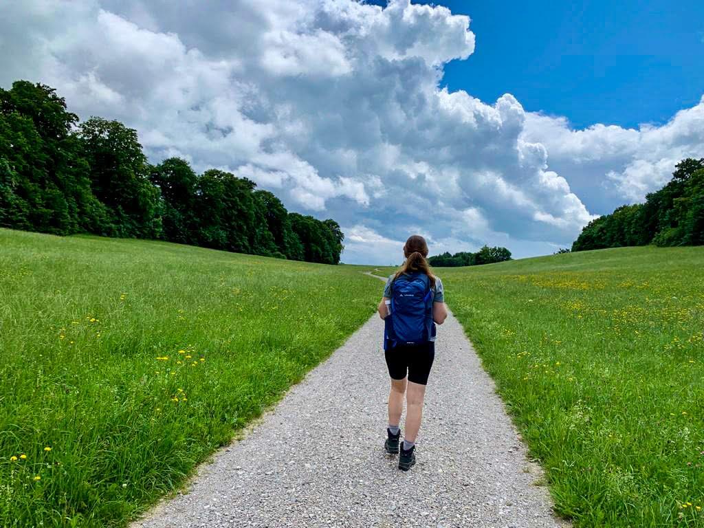 hiking backpack day hike bavaria ammersee